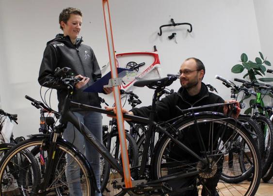 Fahrrad-Ergonomie-Workshop Stephan Sulger und Deborah Haller